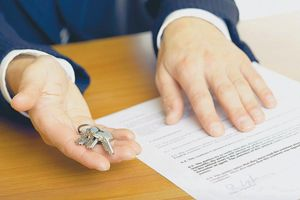 Как происходит подписание договора дарения недвижимости?