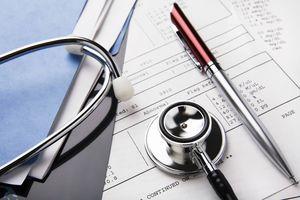 Что нужно, чтобы встать на учет в поликлинике?