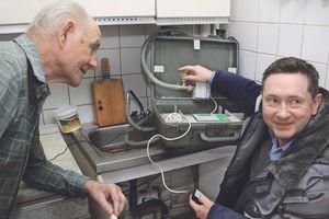 Как проверяют счетчики воды на дому?