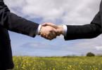 Как правильно оформить сделку купли-продажи земельного участка?