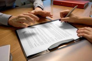Как оформить в собственность недвижимость по завещанию?