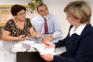 Как юридически грамотно подарить долю в квартире родственнику?