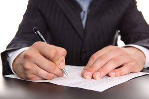 Как правильно составить доверенность на сделку с недвижимостью?