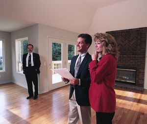 Осмотр квартиры при оценке ее стоимости