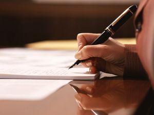 Составление заявления о принятии наследства по закону и образец данного документа и его исковой формы