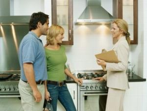Коммерческий найм жилого помещения: условия сделки и типовой бланк договора