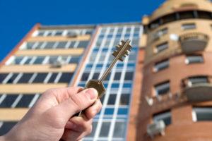 Кто может бесплатно приватизировать жилье