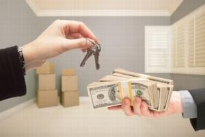 Обременение на квартиру: что это значит, как узнать и как продать квартиру с обременением