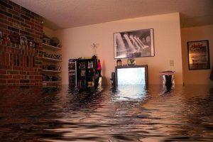 Затопило квартиру, что делать