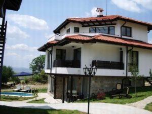 Стоит ли покупать в Болгарии жилье