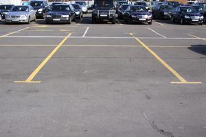 Размеры парковочных мест для легковых автомобилей инвалидов