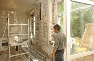 Какие работы в перепланировке квартиры в Москве требуют согласования